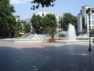 The pedestrian area - Free Varna Tour