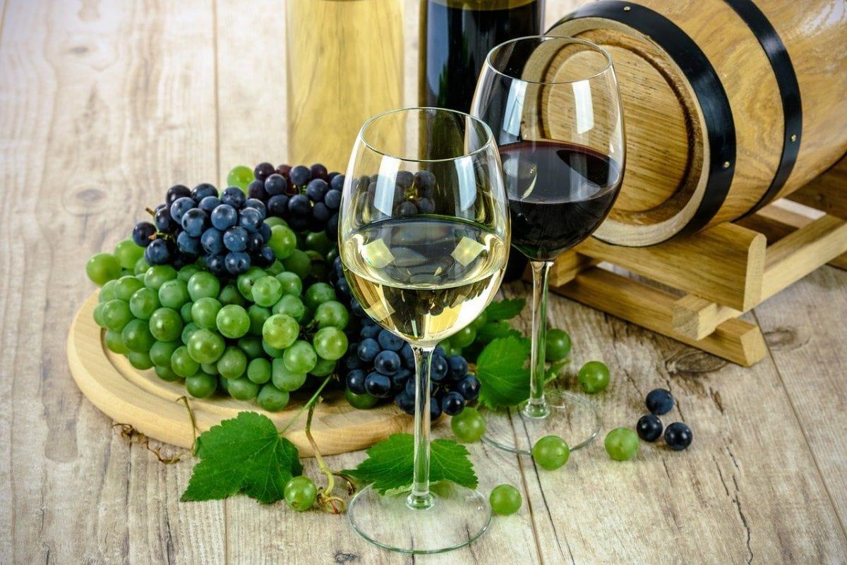 bulgarian wine souvenirs